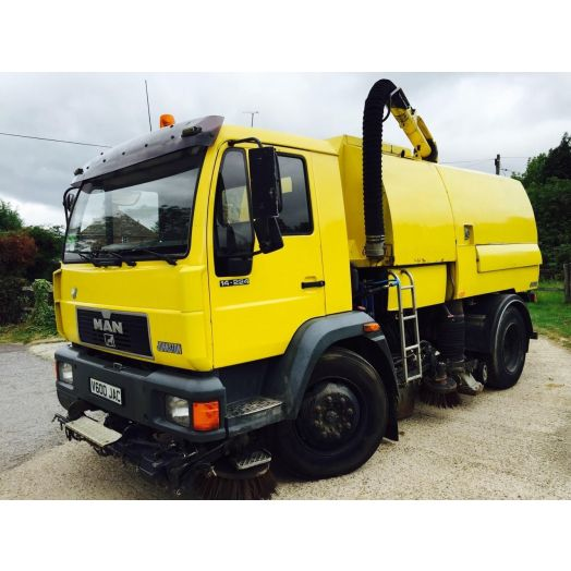 1999 [V] Johnston Sweepers 600 Series Used Road Sweeper