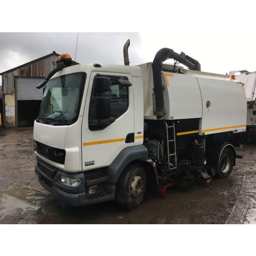 2012 [12] DAF 220 Stock S6400 Used Road Sweeper