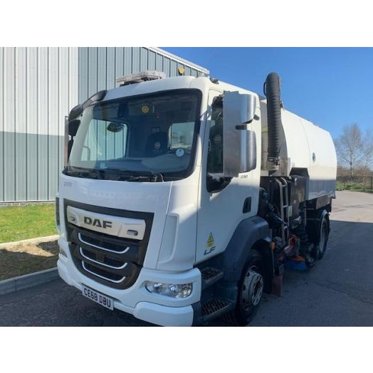 2018 [68] DAF LF Stock S6400 Used Road Sweeper
