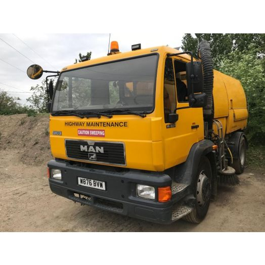 2000 [W] MAN Johnston Used Road Sweeper