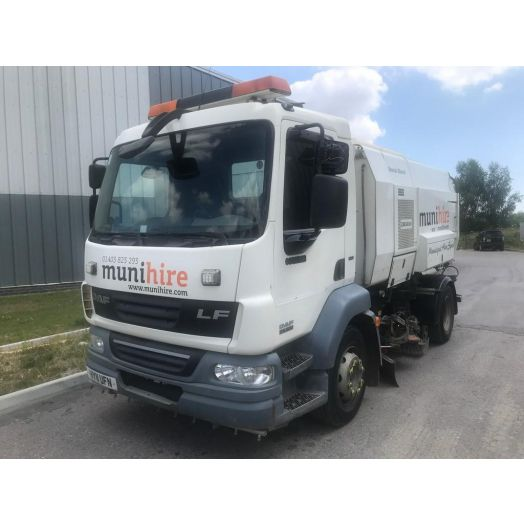 2011 [11] DAF LF Scarab Mistral Twin-Drive 6.2 Used Road Sweeper